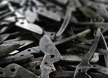 Wysokiej jakości japońska stal wykorzystana do produkcji sekatorów, nożyc i pił ARS